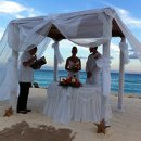 130x130 sq 1317414424372 realresortsfamsept2011theroyalcancunwedding011