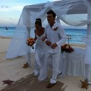 130x130 sq 1317414464386 realresortsfamsept2011theroyalcancunwedding012