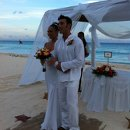 130x130 sq 1317414505211 realresortsfamsept2011theroyalcancunwedding013