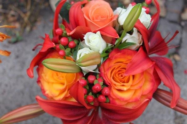 james flower shoppe flowers pittsburgh pa weddingwire. Black Bedroom Furniture Sets. Home Design Ideas