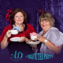 130x130_sq_1294861857906-cirqueteaparty16
