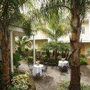 130x130 sq 1334259000731 courtyard1