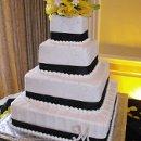 130x130 sq 1296224728065 yellowcccake