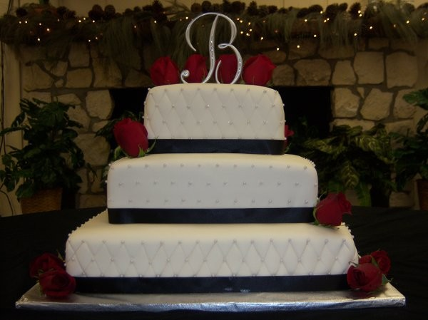 cakes by nadia wedding cake tampa fl weddingwire. Black Bedroom Furniture Sets. Home Design Ideas