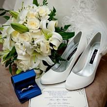 220x220 sq 1305833764218 weddingbouquet