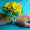 130x130_sq_1397673482129-corsage-daisy-yellow-and-turquoise-ribbo