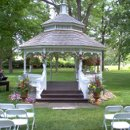 130x130_sq_1203652956188-outsidegazebo1