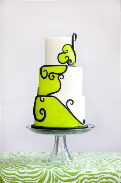 Modern Art Wedding Cake : Modern Black Green White Round Wedding Cakes Photos ...