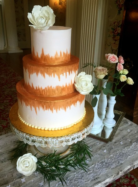 Sweet Surrender Dessert Cafe Louisville Ky Wedding Cake