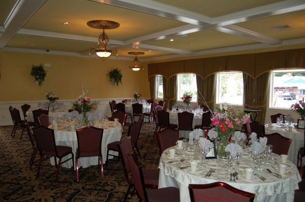 photo 4 of Aldario's Restaurant & Banquet Facilities