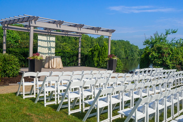 1427481113761 Kahns Catering Montage Ceremony Outside 34 Googlep Indianapolis wedding venue