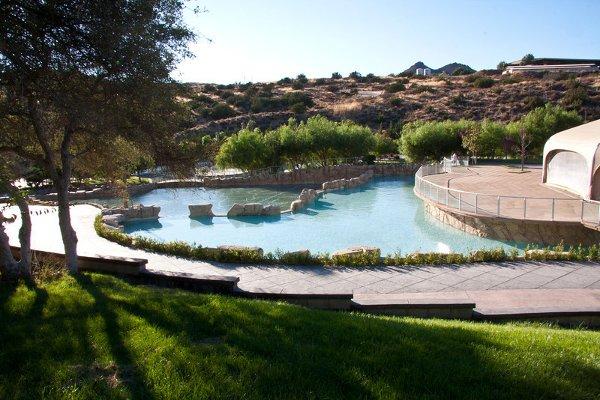 Gardens Of Paradise Adjacent To Los Angeles Ca Wedding