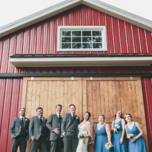 220x220 sq 1468275359911 redappletreephotographygreenvillescweddingphotogra