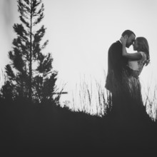 220x220 sq 1468275476340 redappletreephotographygreenvillescweddingphotogra
