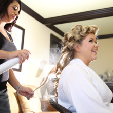 220x220 sq 1472230774391 amy john s wedding gettingready 0030