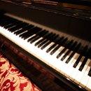 130x130 sq 1296251657117 piano