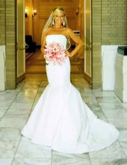 You 39 re flawless delaney henry photos beauty health for Wedding dress rental nashville tn