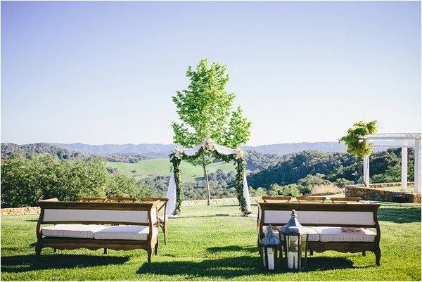 600x600 1425600825304 wedding benches