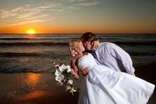 220x220 1380232568182 bridal hair sunset