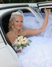 220x220 1297809484177 weddingimg1