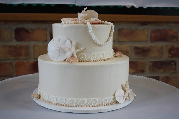 1352563269194 DeClareCakesCharlestonSCWeddingCakeShell2 Charleston Wedding Cake