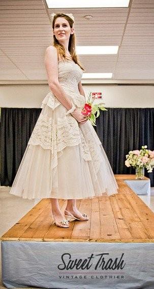 600x600 1392334489994 1950s wedding dres