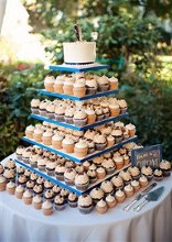 220x220 1363308339842 cupcakeweddingtower1