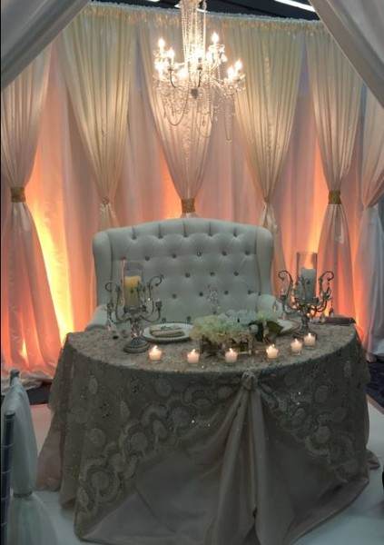 600x600 1494534984806 traditional sweetheart table