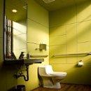 130x130_sq_1317931600010-restroom1