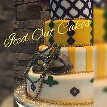 220x220 sq 1507574098 dac1666d6a2845fa mardi gras cake