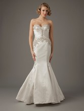 MZ2 by Mark Zunino Sweetheart Mermaid Gown in Charmuse This mermaid gown features a sweetheart neckline with in charmuse and beaded embroidery. It has a chapel train. This gown is Exclusive to Kleinfeld Bridal. Style Number: 74515
