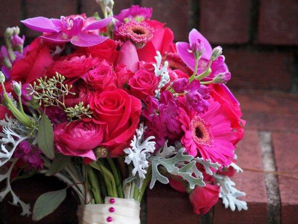 1358527968232 207998402022949865715496610379n Savannah Wedding Florist
