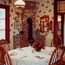 130x130 sq 1321549760366 kitchen1