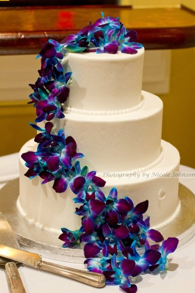 Beautiful Purple And Blue Wedding Cakes Ideas - Styles & Ideas 2018 ...