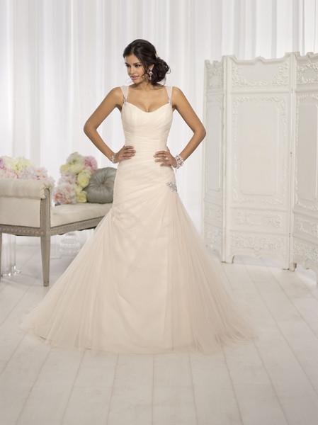Essense of Australia, Wedding Dresses Photos by Essense of ...