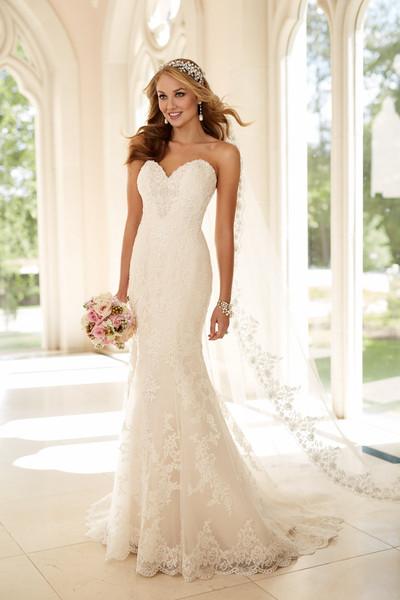 Stella york wedding dresses photos by stella york image for Bra under wedding dress