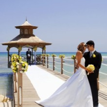 220x220 sq 1465838105372 beach wedding 1