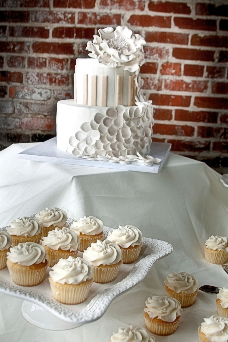 cupcake wedding cakes nashville tn the cupcake collection wedding cake tennessee 13179