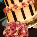 130x130 sq 1309989890702 weddingcake