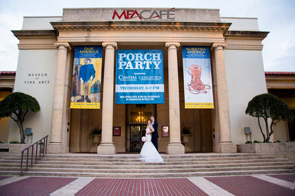 1511803615972 St. Pete Museum Of Fine Arts Professional Photogra Tampa wedding photography