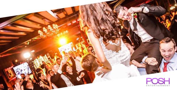 600x600 1466718621969 venetian bride groom in air