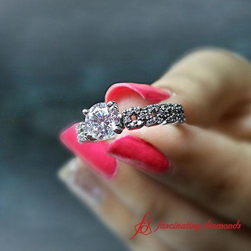 1525845571 43e94044005c2abf 1525845570 B121589fbfeee77c 1525845543727 7 FDENS3027 New York wedding jewelry