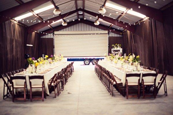 An Indoor Rustic Ceremony: Rustic Indoor Reception Wedding Ceremony Photos & Pictures