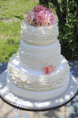 the cake girl photos wedding cake pictures florida tampa st petersburg sarasota and. Black Bedroom Furniture Sets. Home Design Ideas