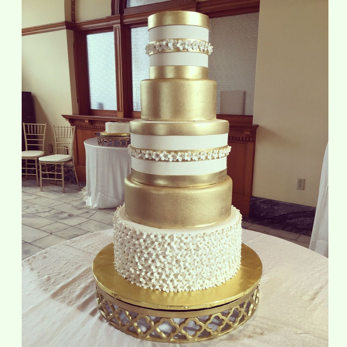 Legacy Cakes Wedding Cake Grapevine Tx Weddingwire