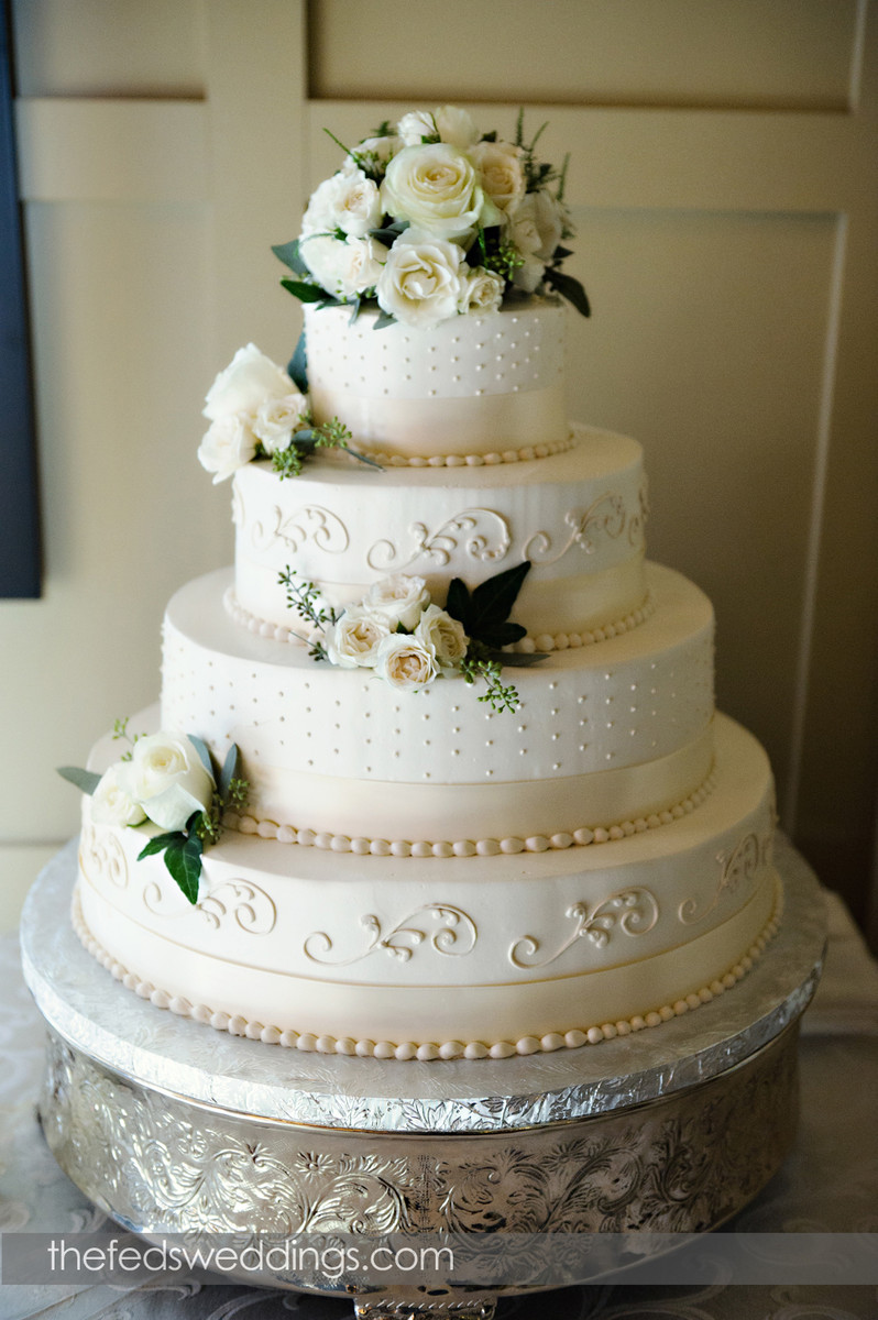 wedding cake designs for 2012 classic wedding cakes wedding cakes photos by the feds 22477