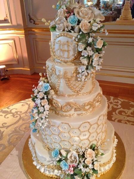 Glam Wedding Cakes, Wedding Cakes Photos by Charles Street Bakery - Image 14 of 39 - WeddingWire