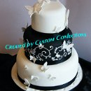 130x130 sq 1364568223385 blacknwhitebutterflyweddingcake