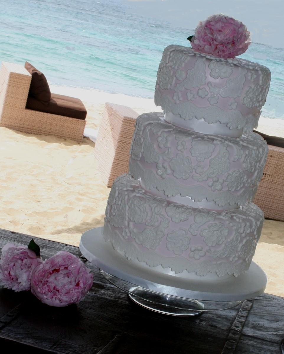 Weddingwire Custom Cake Design : Sweet Designs PR - Wedding Cake - Isabela, PR - WeddingWire
