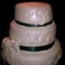 220x220 sq 1334370941416 weddingcake001